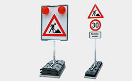 Mounting devices for signs and traffic light systems