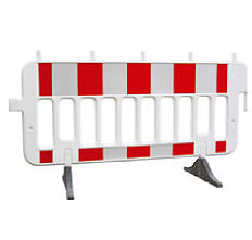 Mobile road barrier (self-standing)