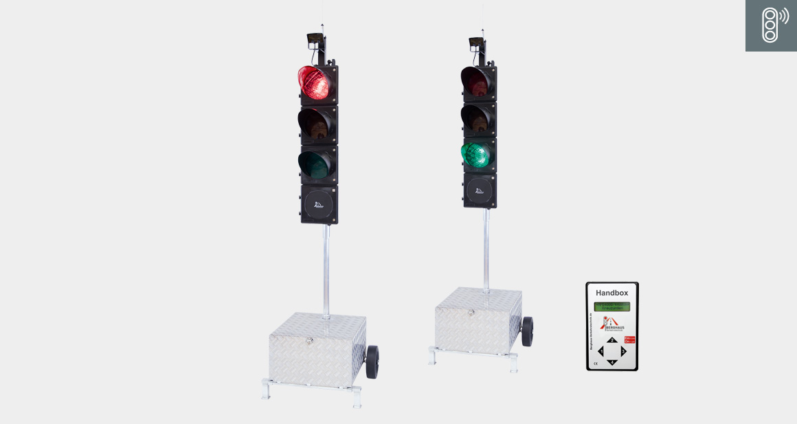 Transportable Roadworks Traffic Signal System Type MPB 4400 Quartz / Cable / Radio-Controlled
